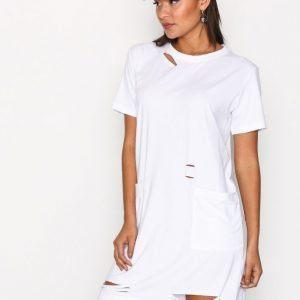 Missguided Distressed Pocket T Dress Mekko White