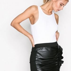 Missguided Faux Leather Ruffle Skirt Minihame Black