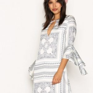 Missguided Frill Sleeve Bar Detail Dress Loose Fit Mekko White