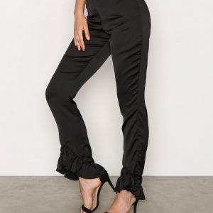 Missguided Satin Frill Hem Trousers Housut Black