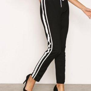 Missguided Side Stripe Joggers Housut Black