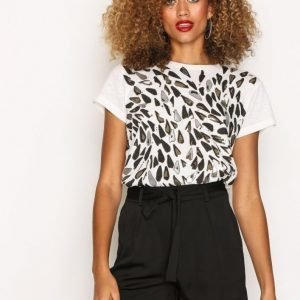 Missguided Tie Waist Detail Crepe Tailored Shorts Shortsit Black