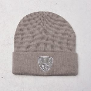 Mitchell & Ness Brooklyn Nets Cuff Knit Grey