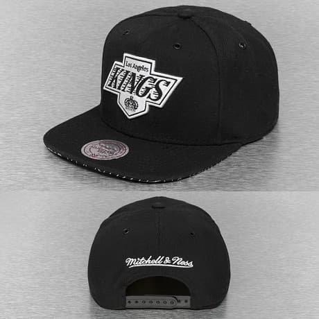 Mitchell & Ness Snapback Lippis Musta