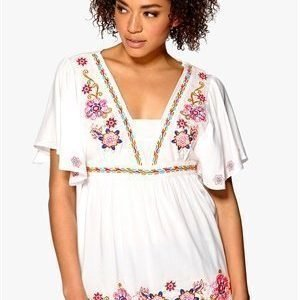 Mixed from Italy Embroidered Kimono Top White