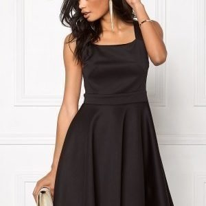 Model Behaviour Ingrid Dress Black