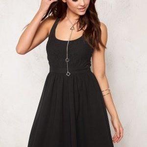 Model Behaviour Kajsa Dress Black