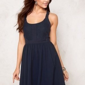 Model Behaviour Kajsa Dress Midnight blue