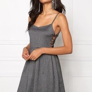 Model Behaviour Moa Dress BlackSilver