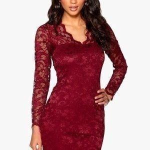 Model Behaviour Simone Dress Wine-red