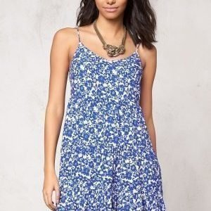 Model Behaviour Tyra Dress White / Blue