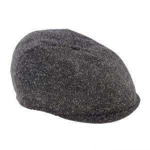 Mona Hattu Ruskea