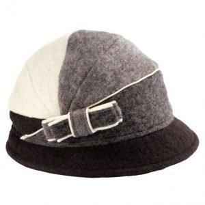 Mona Hattu Ruskea / Harmaanruskea