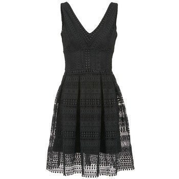 Morgan RACAP lyhyt mekko
