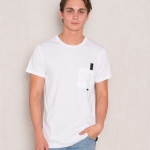 Mouli Hugo Tee White