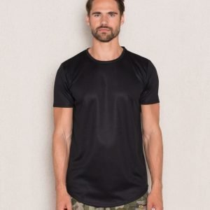 Mouli Sawyer Tee Black