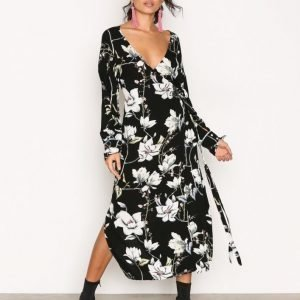Moves Harlene Dress Juhlamekko Black