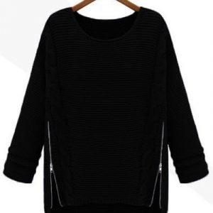 Musta villapaita vetoketjuilla