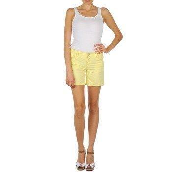 Mustang Nora Shorts bermuda shortsit