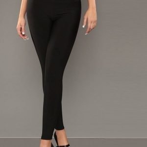 Mustat muotoilevat leggingsit (plus size)