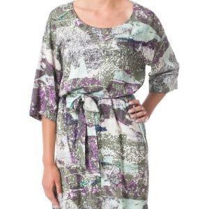Nümph Laurrissa mekko