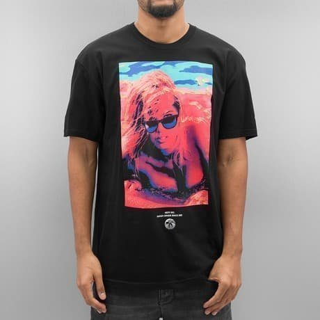 NEFF T-paita Musta