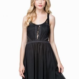 NLY Blush Lace Chiffon Dress Svart