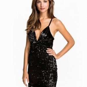 NLY One Deep V Sequin Dress Röd