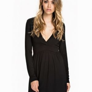 NLY Trend Deep V Dress