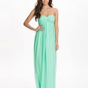 NLY Trend Dreamy Dress Svart