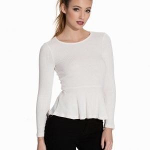 NLY Trend Knitted Peplum Top