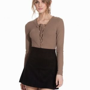 NLY Trend Lace Up Body Svart