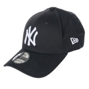 New Era 39 Thirty New York Yankees Black/White