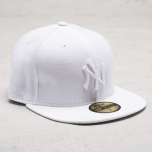 New Era 59 Fifty NY Yankees White on White