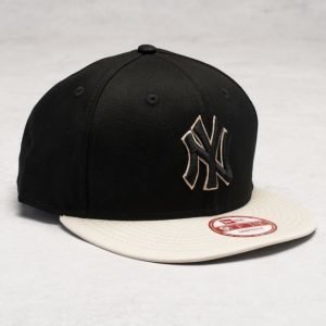New Era 9 Fifty Contrast Snap NY Yankees Black/Stone