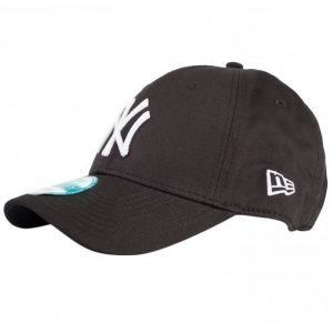 New Era 940 League Basic NEYYAN Lippis Black/White