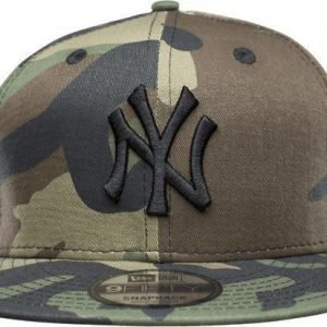 New Era 950 New Camo Crown Lippis