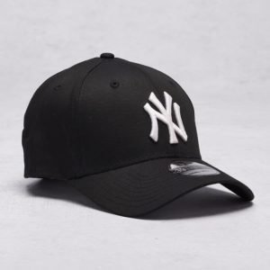 New Era Classic 39Thirty NY Yankees Black/White