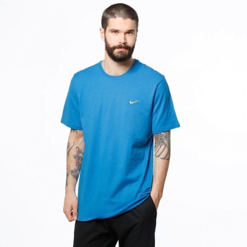 Nike Embroidered Swoosh -t-paita