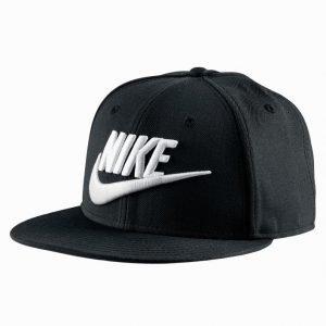 Nike Futura True Lippis Black/White