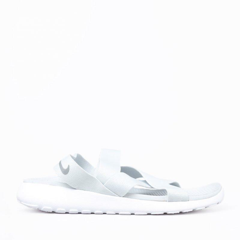 Nike Roshe One -sandaalit