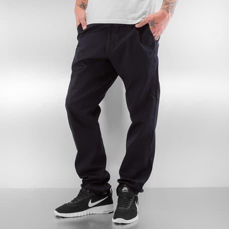 Nike SB Chinot Musta