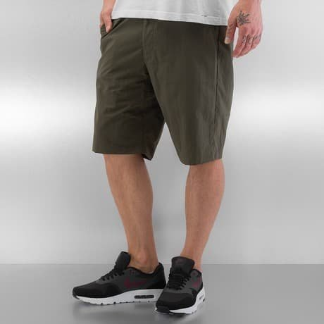 Nike SB Shortsit Oliivi