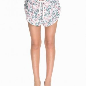 Nly Blush Printed Loose Fit Shorts Shortsit Kuviollinen