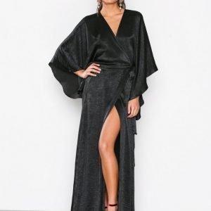 Nly Eve Kimono Sleeve Gown Maksimekko Musta