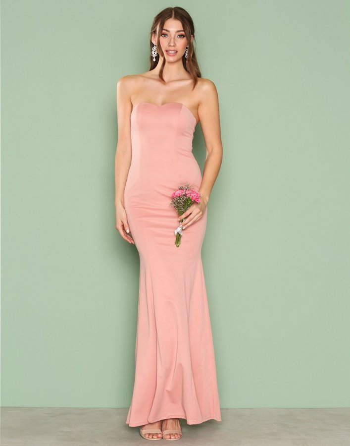 Nly Eve Low Plunge Gown Maksimekko Vaaleanpunainen - Vaatekauppa24.fi 8cf2c3a111