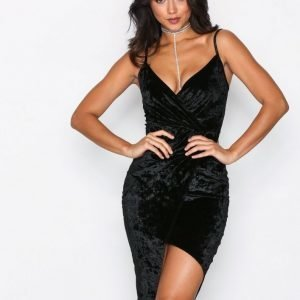 Nly One Crushed Velvet Wrap Dress Kotelomekko Musta