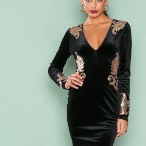 Nly One Decore Velvet Dress Kotelomekko Musta