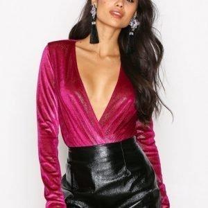 Nly One Glitter Velvet Wrap Body Kirsikanpunainen