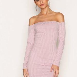 Nly One Off Shoulder Rib Dress Kotelomekko Mauve